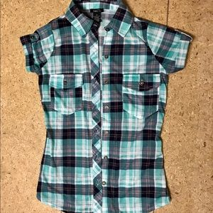 BNWOT XS Short Sleeve Button Down Flannel